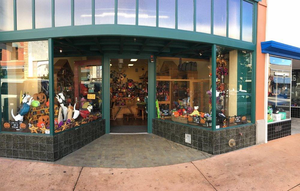 tails pet boutique