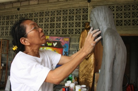 Dolorosa Sinaga says the power of expression in her sculpted figures lies in the movement that is frozen yet still alive in the eyes of the viewers. @ Titania Veda