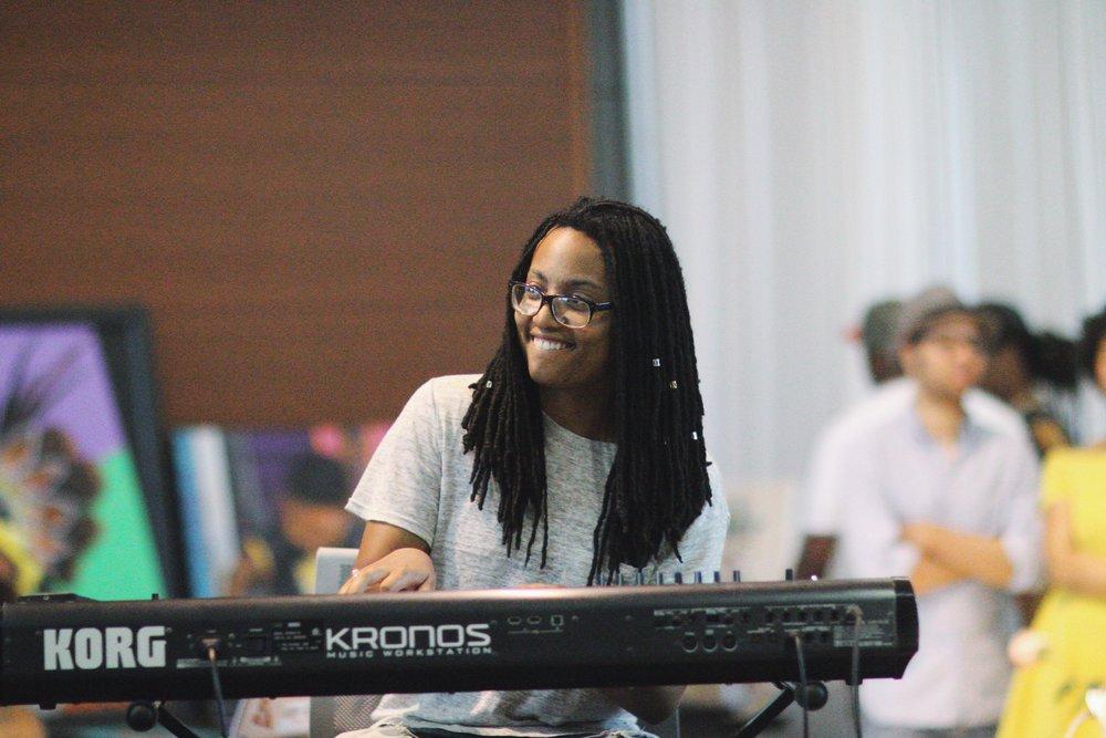 Myra Bocage - Keyboard/Synths