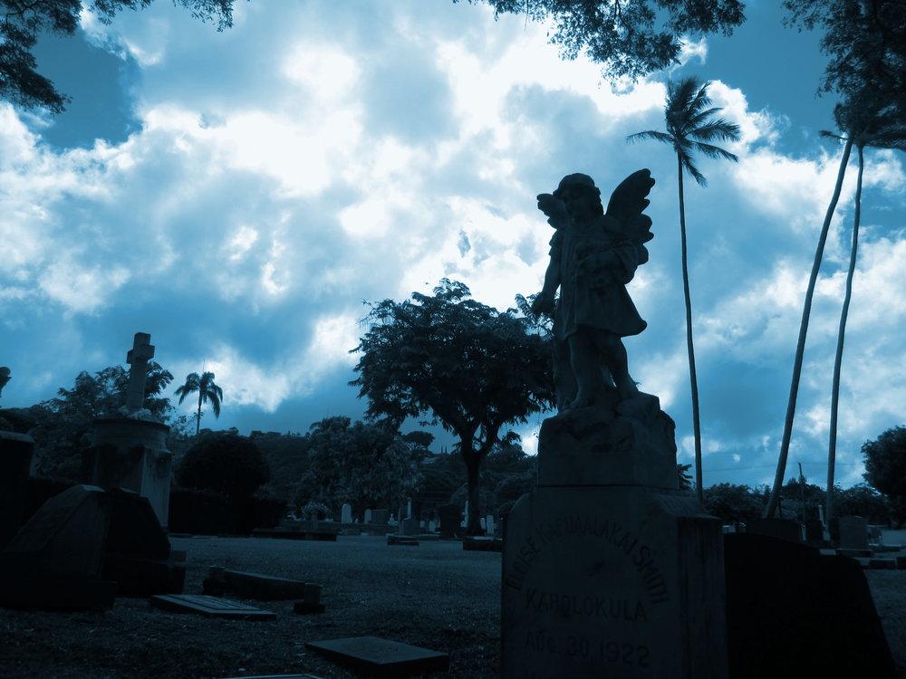 Oahu_Cemetery_blue.JPG