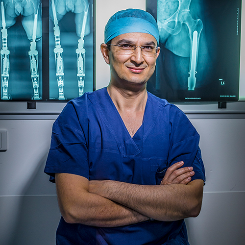 - Sunday 3.30pm, Discovery LoungeFacilitator: Meri FatinLeading orthopaedic surgeon Associate Professor Munjed al Muderis has led ground-breaking advances in robotic and prosthetic limbs. He joins Disrupted to share his work and to discuss how this pioneering technology has given wounded Australian, British and Iraqi soldiers the ability to walk again.This event is AUSLAN interpreted.