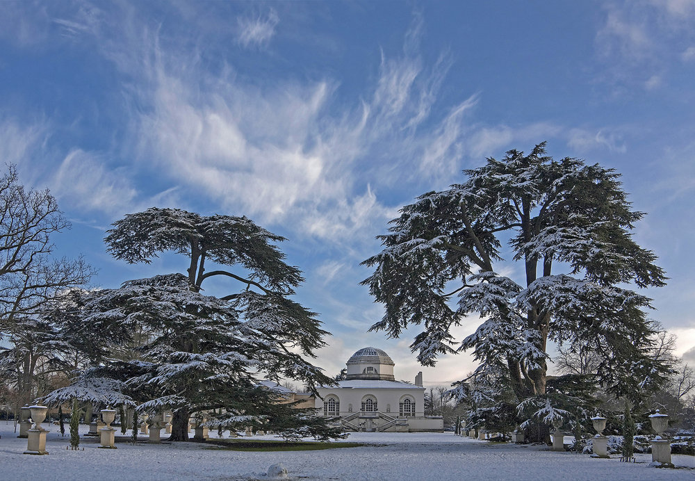 Chiswick House in the Snow.jpg