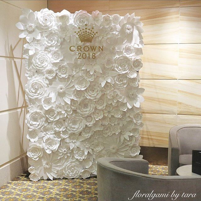 l CROWN THROWBACK l Feeling nostalgic today. We have had some great events - like that time we worked with @crownresorts ⚜️ // Thank you Floralgami Fans for your continued support 😘 . . . #crown #crownresorts #events #eventstyling #tbt #throwback #throwbackthursday #eventdecor #floraldecor #floralstyling #flowerwall #flowerbackdrop #floralgami #love #melbourneevents #melbourneflowers #photobackdrop #collaboration #mediawall #weddings #melbourneweddings #weddingbackdrop #paperflowers #paperflowerwall #nostalgia #goodtimes #blessed #appreciation #crowncasino #stagingconnections