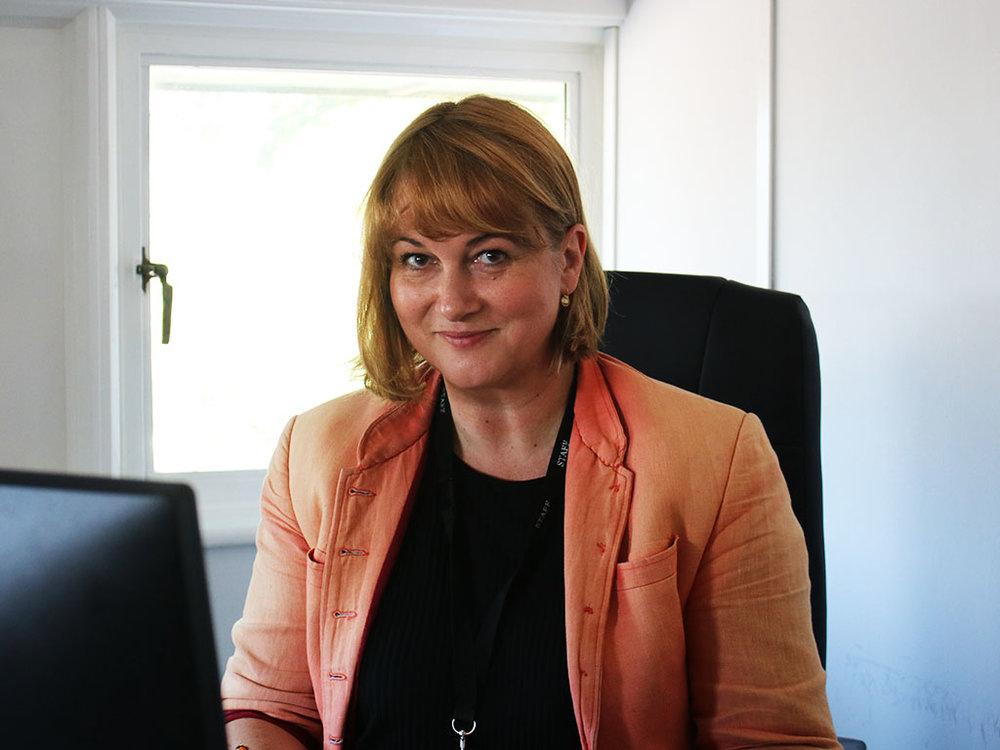 Susie-Thomson-1.jpg