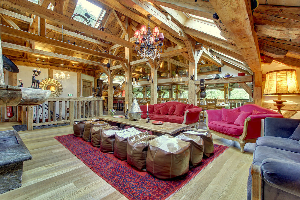 Enjoy boutique hotel comfort in our luxury Alpine hotel & ski chalet.
