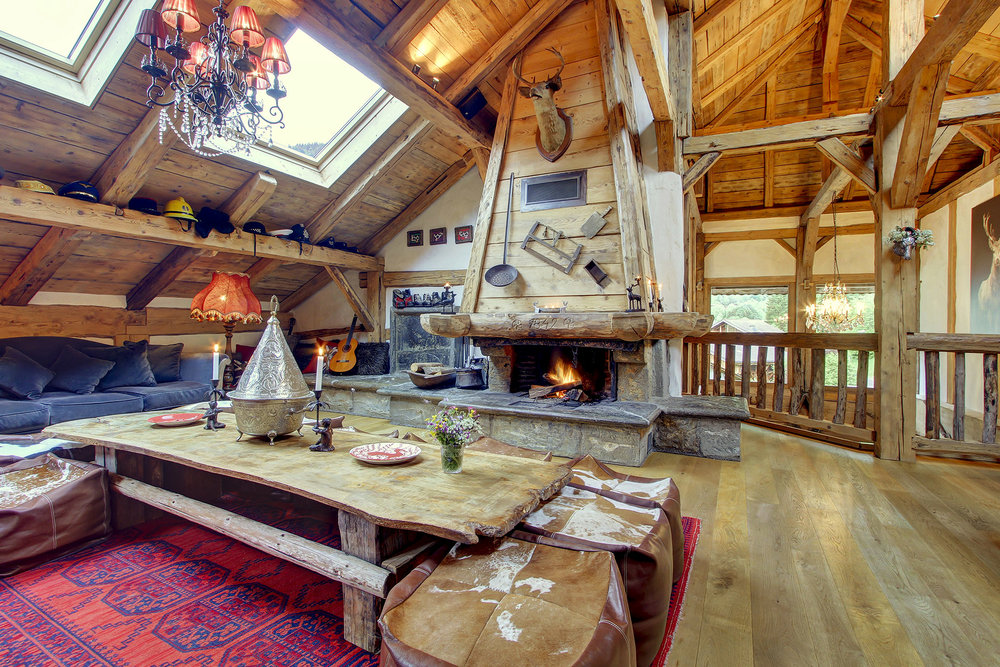 Relax after a day of ski in the mountains in our beautiful lounge