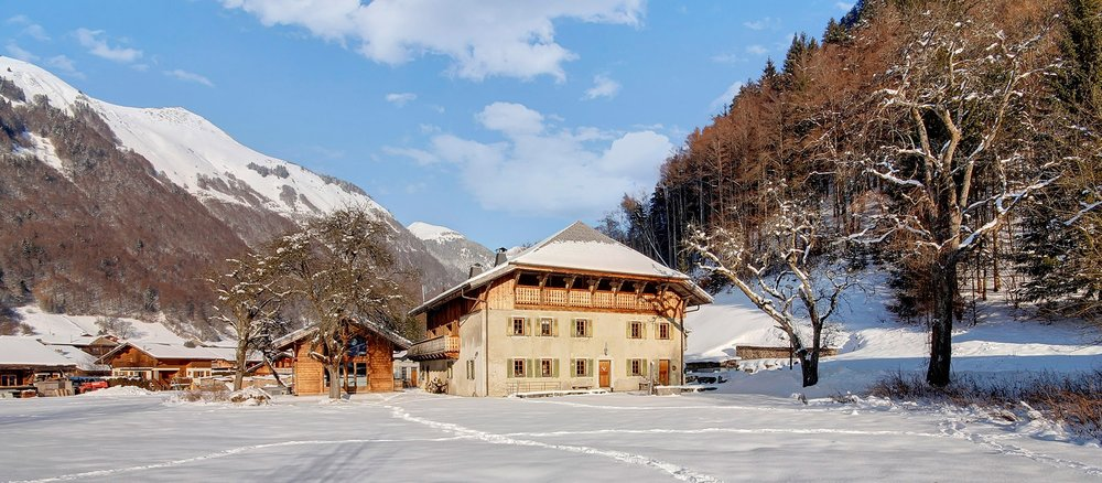 Perfect for ski holidays, special events and weddings in the Alps.