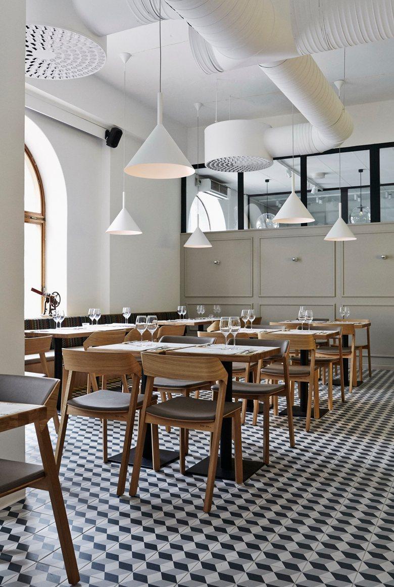 Intro restaurant in Kuopio Finladn_2.jpg