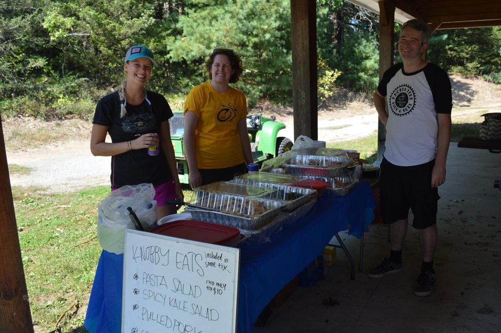 Jess Doonan, Jonathan, and Hannah at the Knobby Eats table