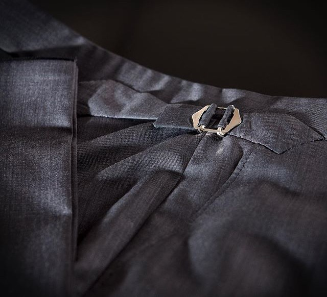 SARTOR LONDON EXQUISITE TAILORING