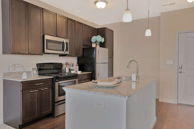 301 Karl Linn Drive 1 Bedroom-small-003-22-Kitchen-666x444-72dpi.jpg