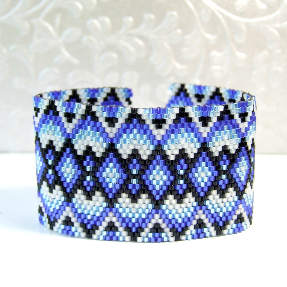 Black & Blue Boho Woven Bead Bracelet