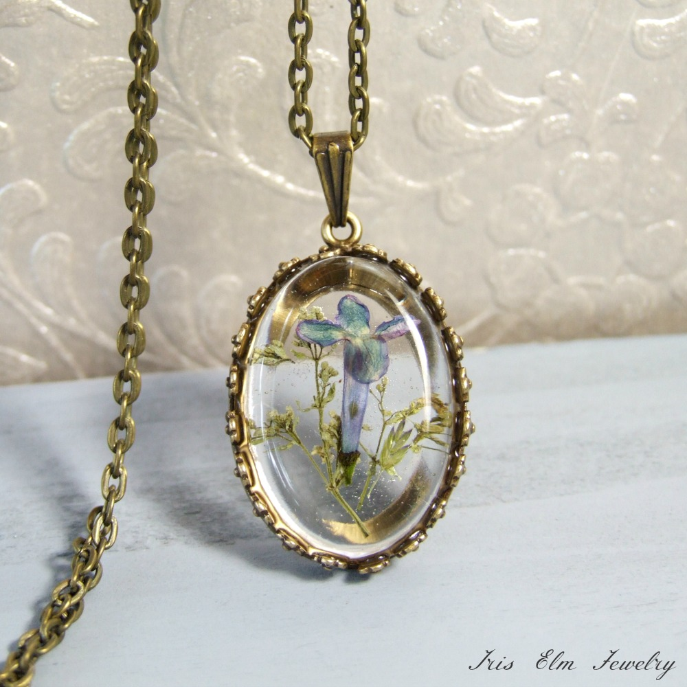Small Lilac Real Flower Necklace