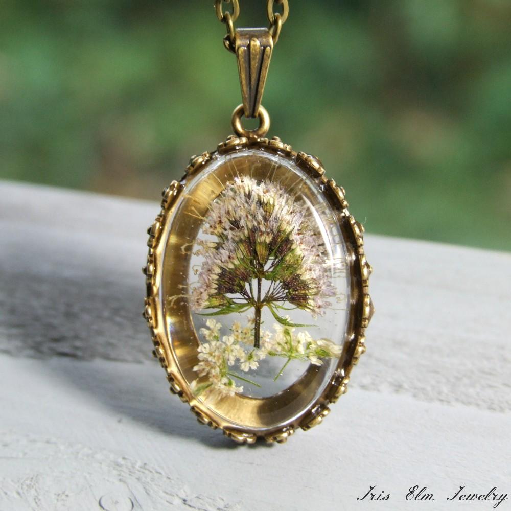 Mint Flower Pendant Necklace