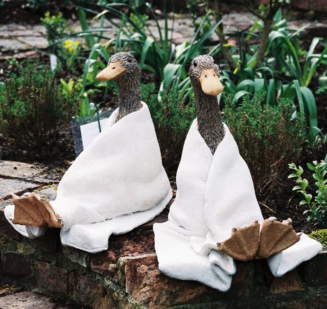 S19 Sitting Ducks 38cm.jpg