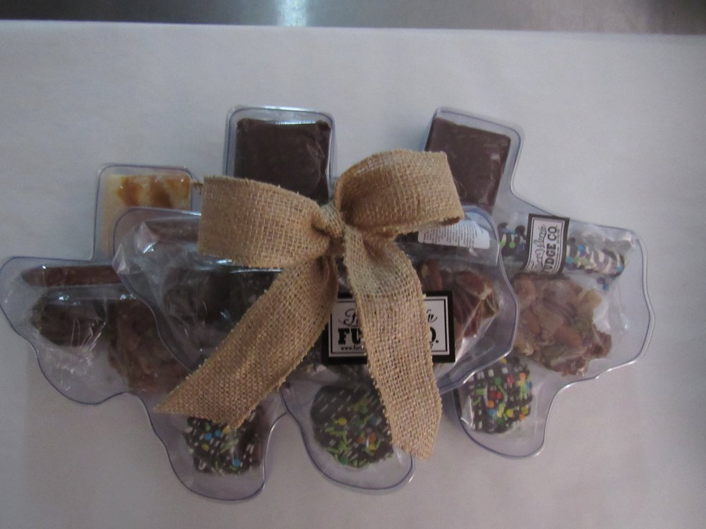 Texas Variety Box    large and small. Holds a variety of products or can hold up to 2 pounds of fudge!
