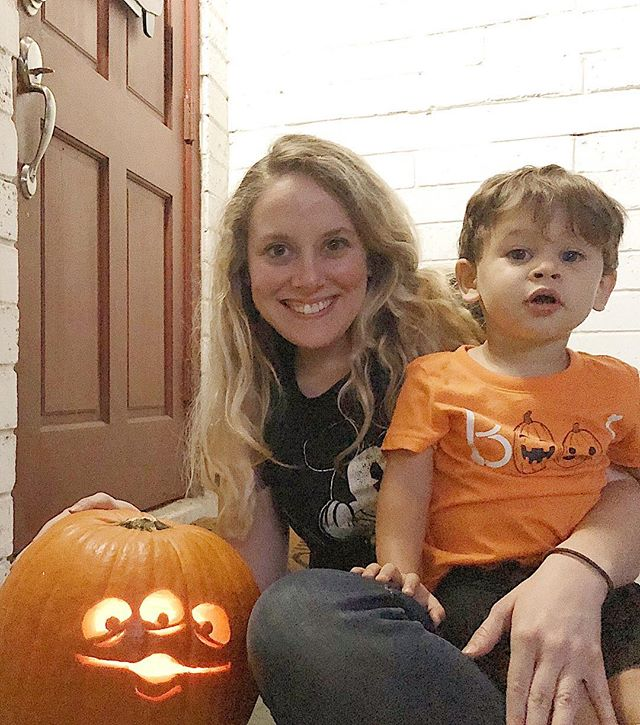 Finally got around to carving our pumpkin... it's been hanging around for over two weeks! 🙈 #procrastinationatitsfinest But I was determined because last year, we bought a pumpkin and had to toss it out uncarved! It sat on the counter for 3 weeks and we never got to it in time for Halloween. 🤦🏼‍♀️ We finally managed to carve one (first time for both of us!) just in time this year. Not pictured: my poor hubby who got off work yesterday afternoon, listened to me nag about the pumpkin, and helped us carve it for a bit before heading off to work again. Of course, Noah chose this Little Green Man from Toy Story because it's his favorite, even over his other two choices, Mickey or Stitch. 😂 And the picture is grainy AF because it was almost dark, and there are a million other faults. But it's my #perfectlyimperfect mess and I love every bit of it. ❤️Happy Monday!