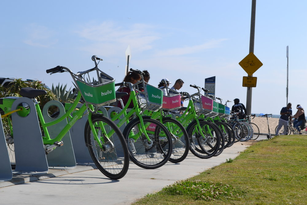 A Breeze bike hub on the world famous beaches of Santa Monica.