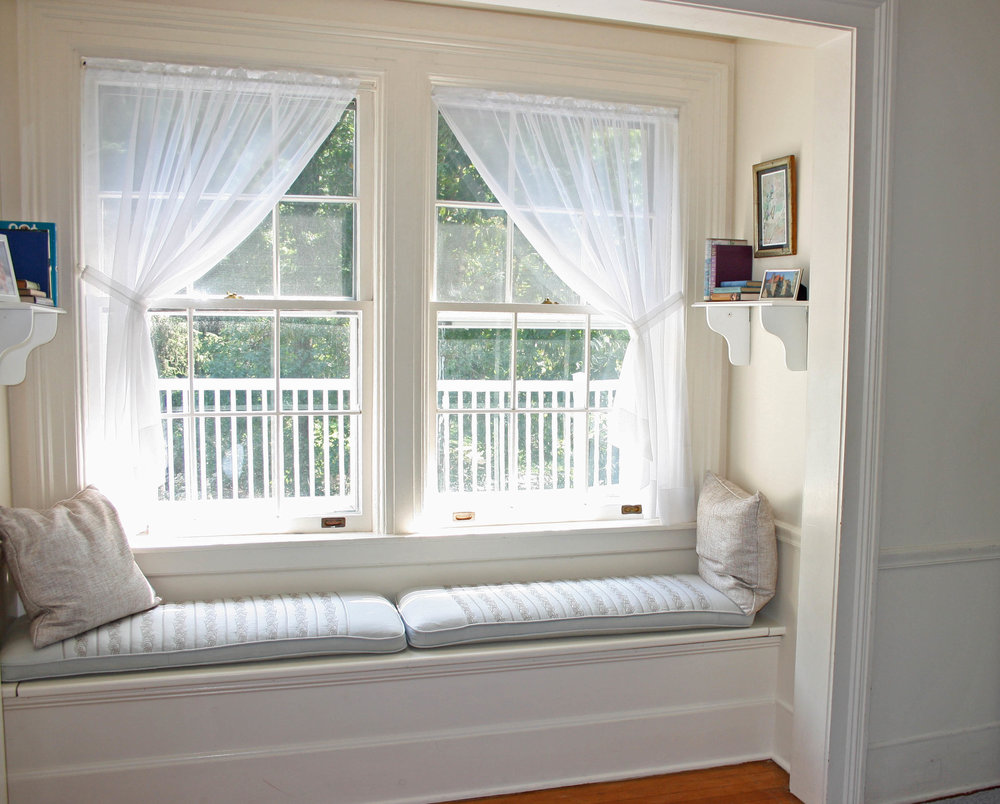 7b) DouglasHouse Girls Room Window Seat crop.jpg