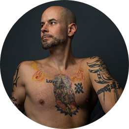 DEREK BERES - Derek Beres is an LA-based yoga/fitness instructor, multi-faceted author and music producer. He is ACE and AFAA certified and has been featured in the NY Times, LA Times, People, Self, Shape…