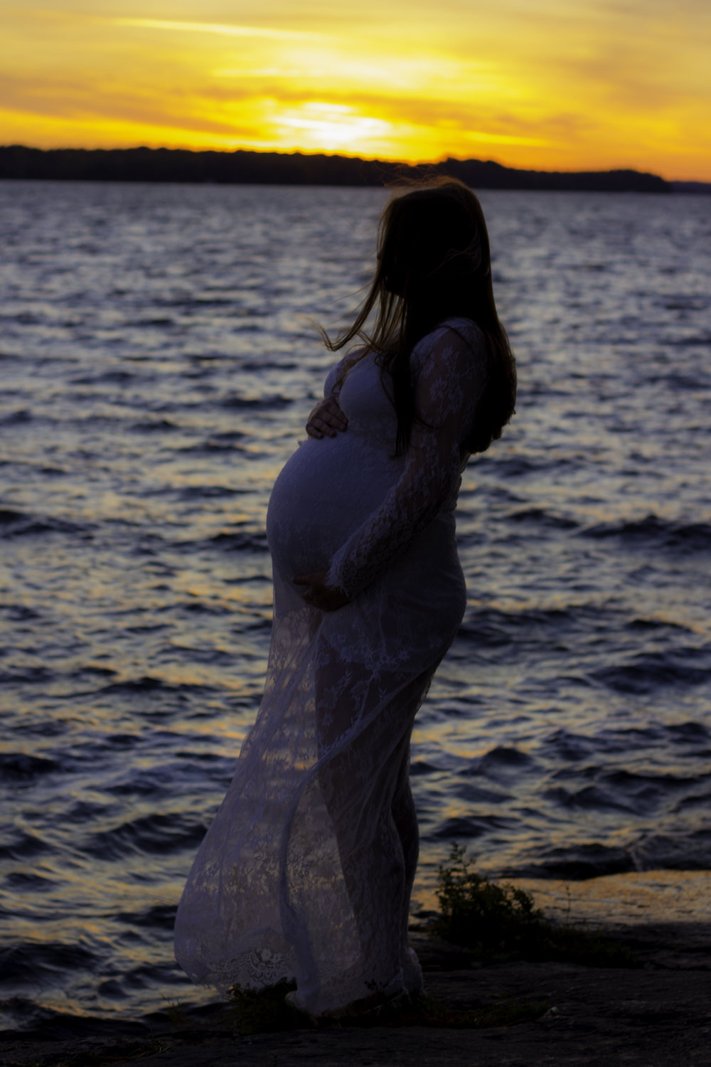 Maternity Photographer Muskoka