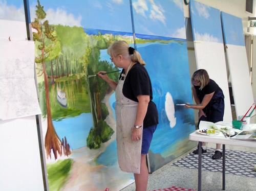 mural_comm_ctr2.jpg