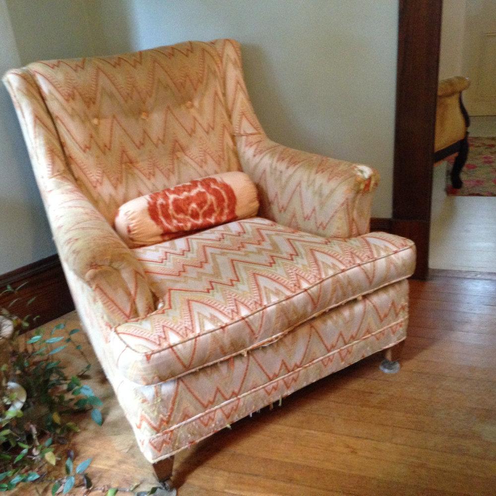 old-chair.jpg