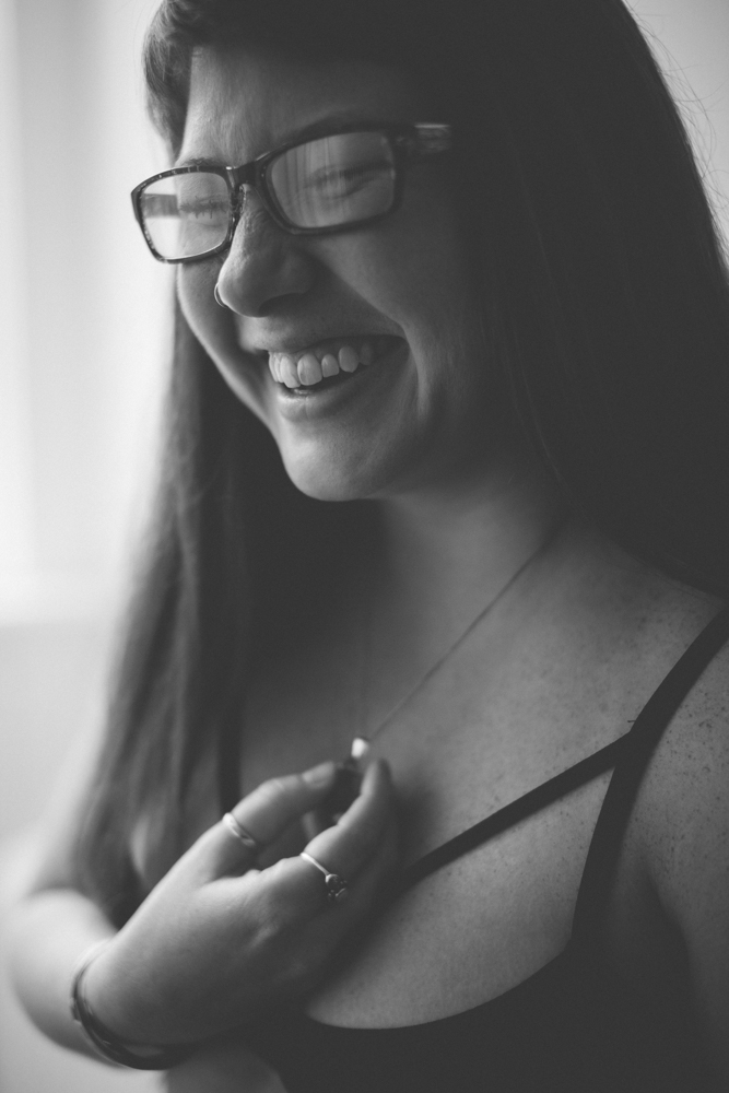 Girl laughing | Kathryn Elizabeth Photography