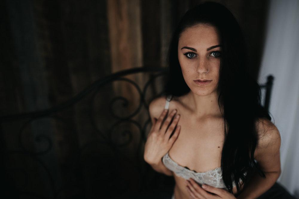 PaigeBoudoir2017-10.jpg