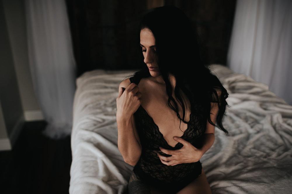 PaigeBoudoir2017-14.jpg