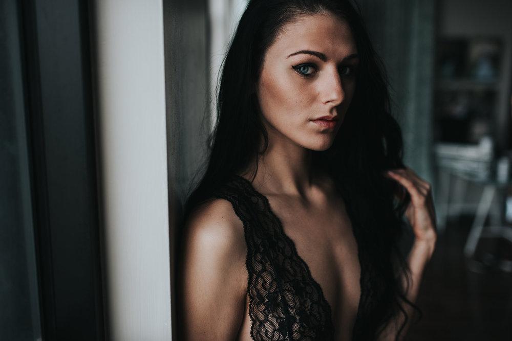 PaigeBoudoir2017-20.jpg