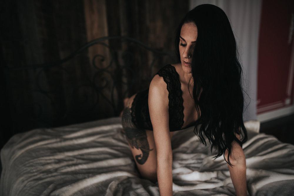 PaigeBoudoir2017-21.jpg