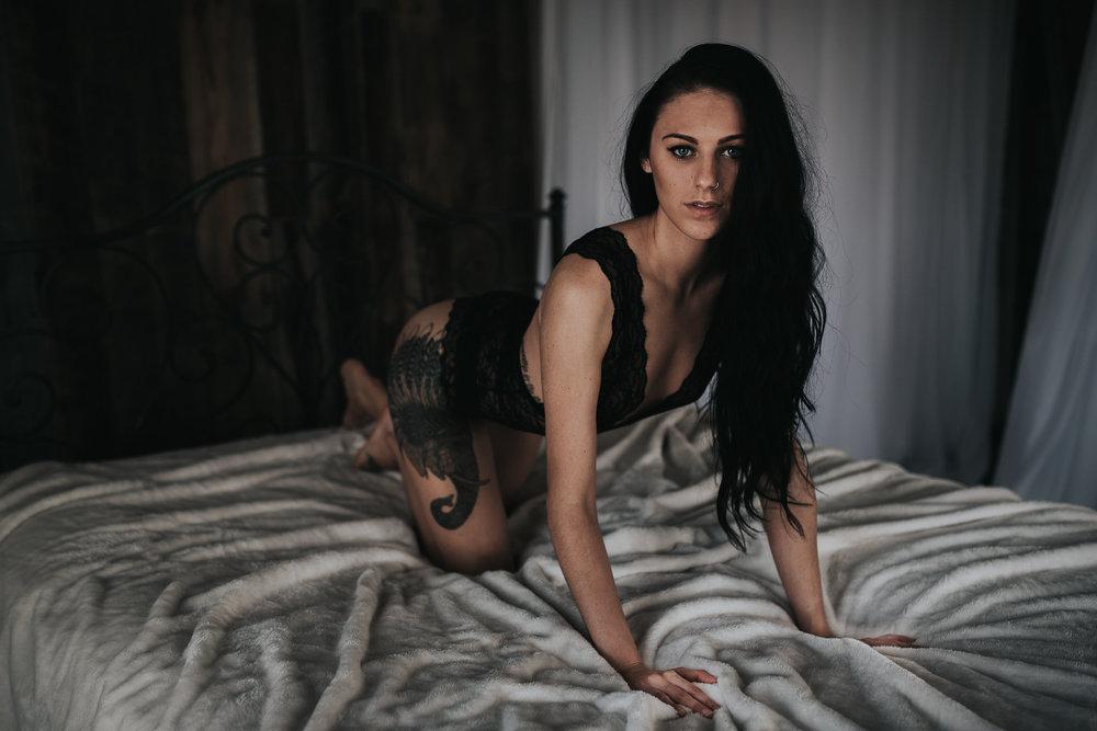 PaigeBoudoir2017-23.jpg