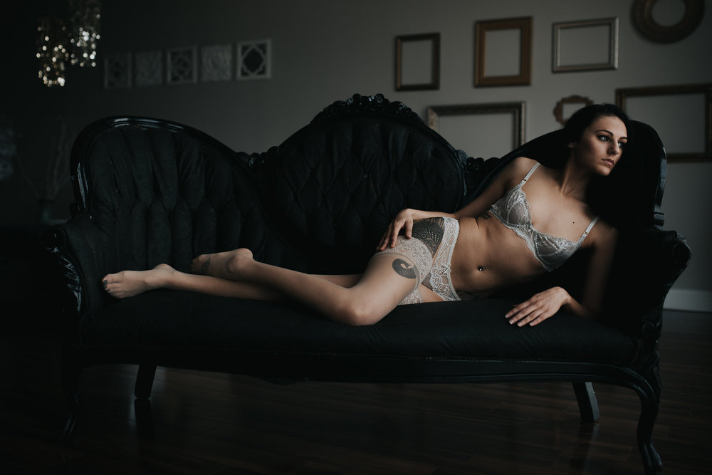 PaigeBoudoir2017-33.jpg