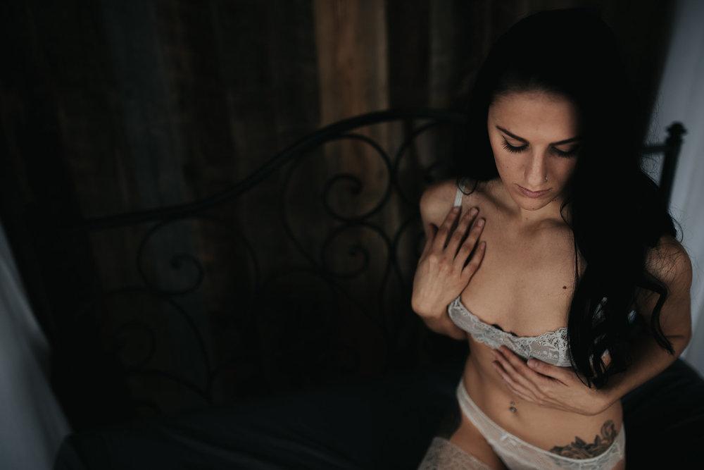 PaigeBoudoir2017-9.jpg