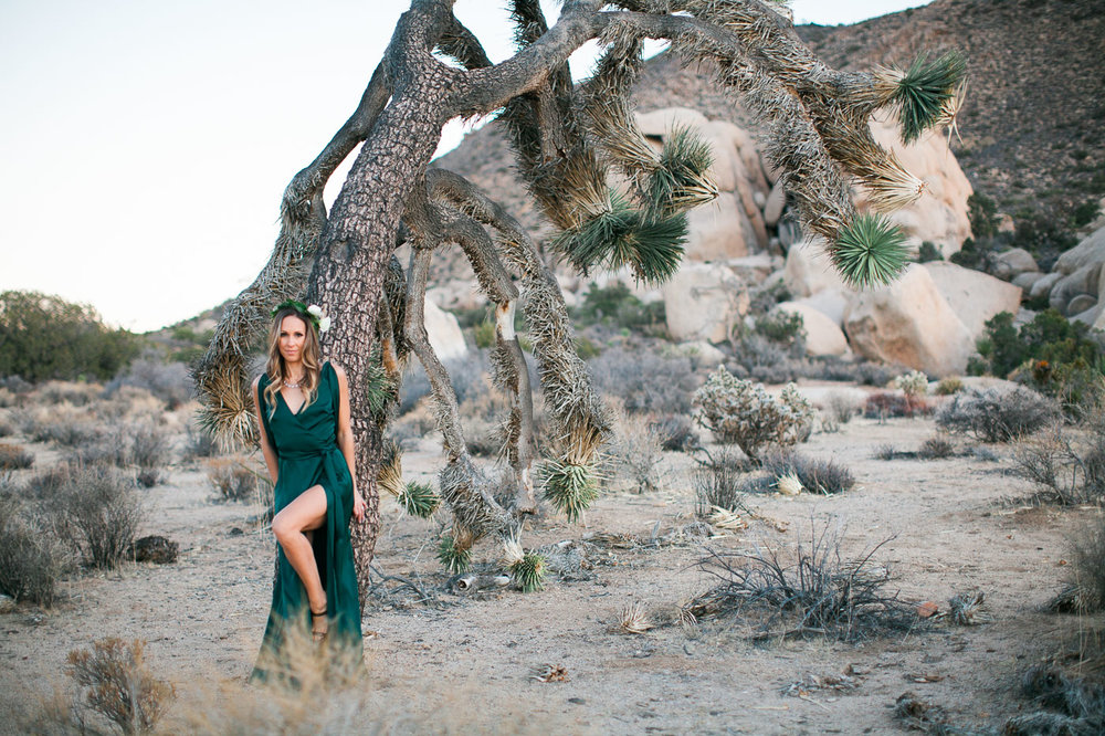 Wife posing by tree, Joshua Tree Anniversary Session | Lindsey Parkin Photography