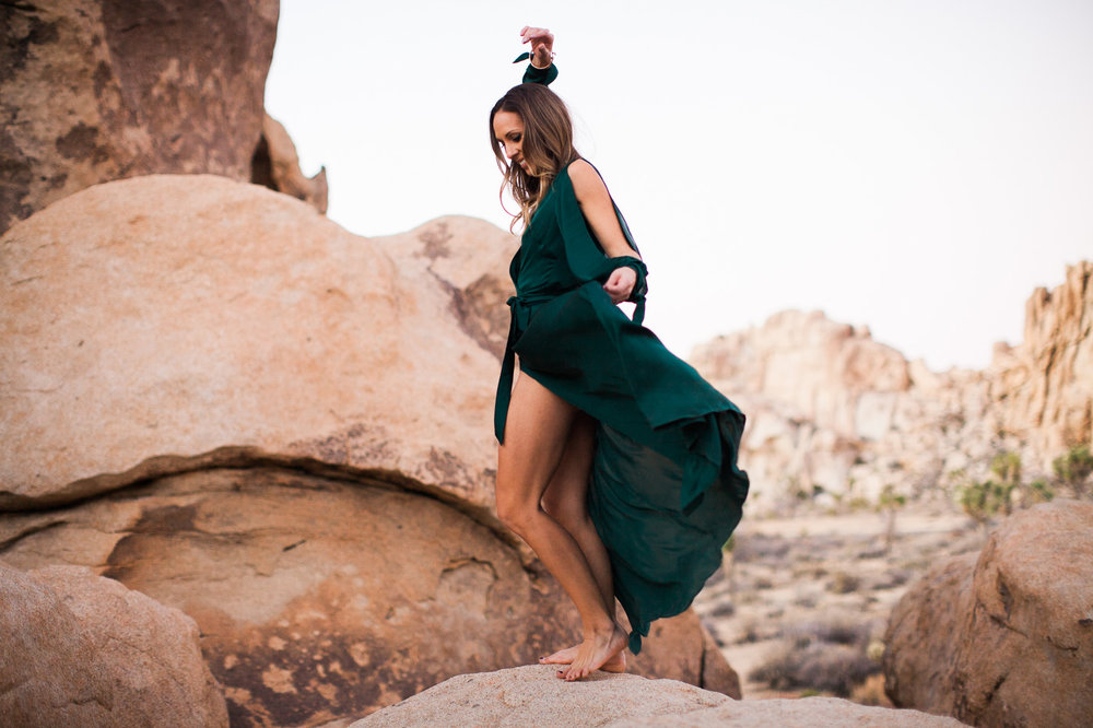 Wife dancing, Joshua Tree Anniversary Session | Lindsey Parkin Photography