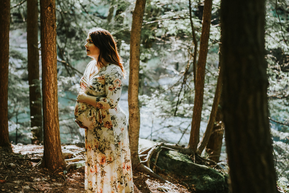Artistic + Woodsy Maternity Session | Sarah P Thomas Photography