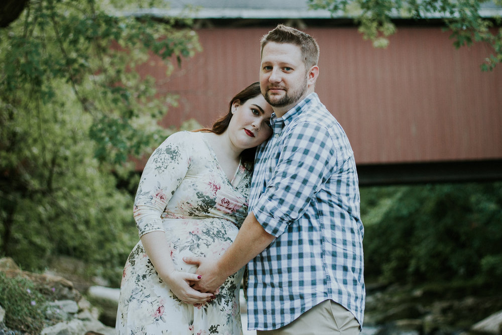 Maternity photo, Artistic + Woodsy Maternity Session | Sarah P Thomas Photography