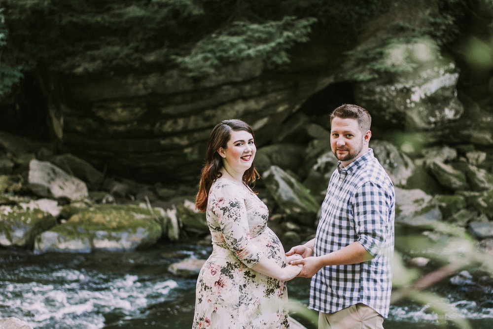 Couple holding hands, Artistic + Woodsy Maternity Session | Sarah P Thomas Photography