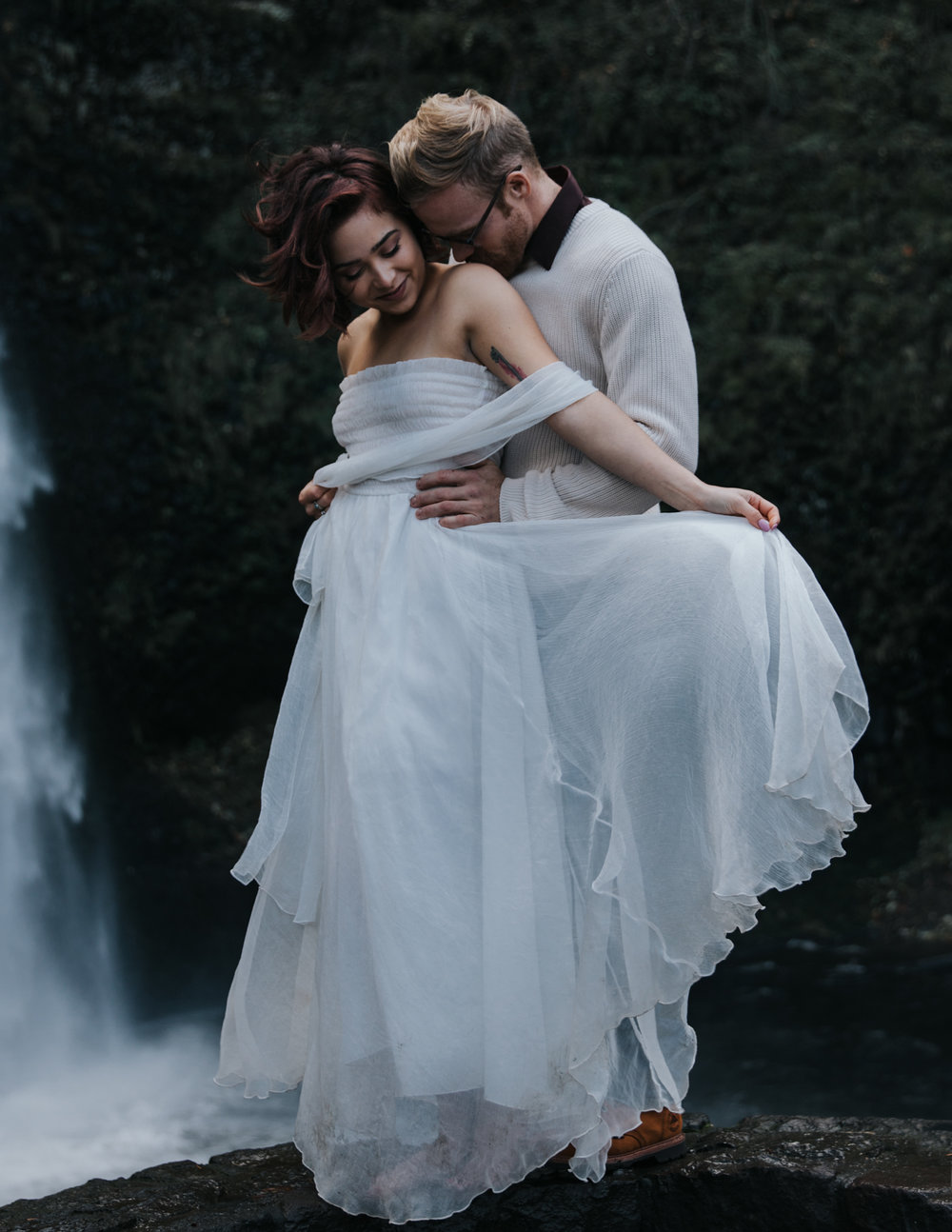 Couple snuggling, Adventurous Outdoor + Waterfall Couples Session | Croative Photography