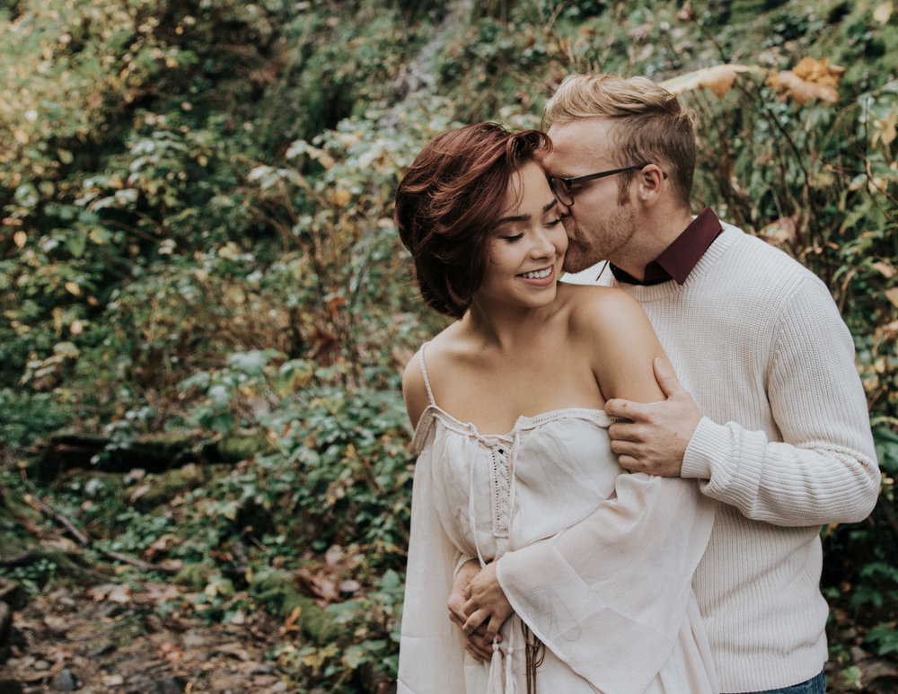 Boyfriend kissing girlfriend, Adventurous Outdoor + Waterfall Couples Session | Croative Photography