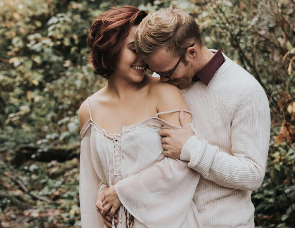 Boyfriend kissing girlfriend shoulder, Adventurous Outdoor + Waterfall Couples Session | Croative Photography
