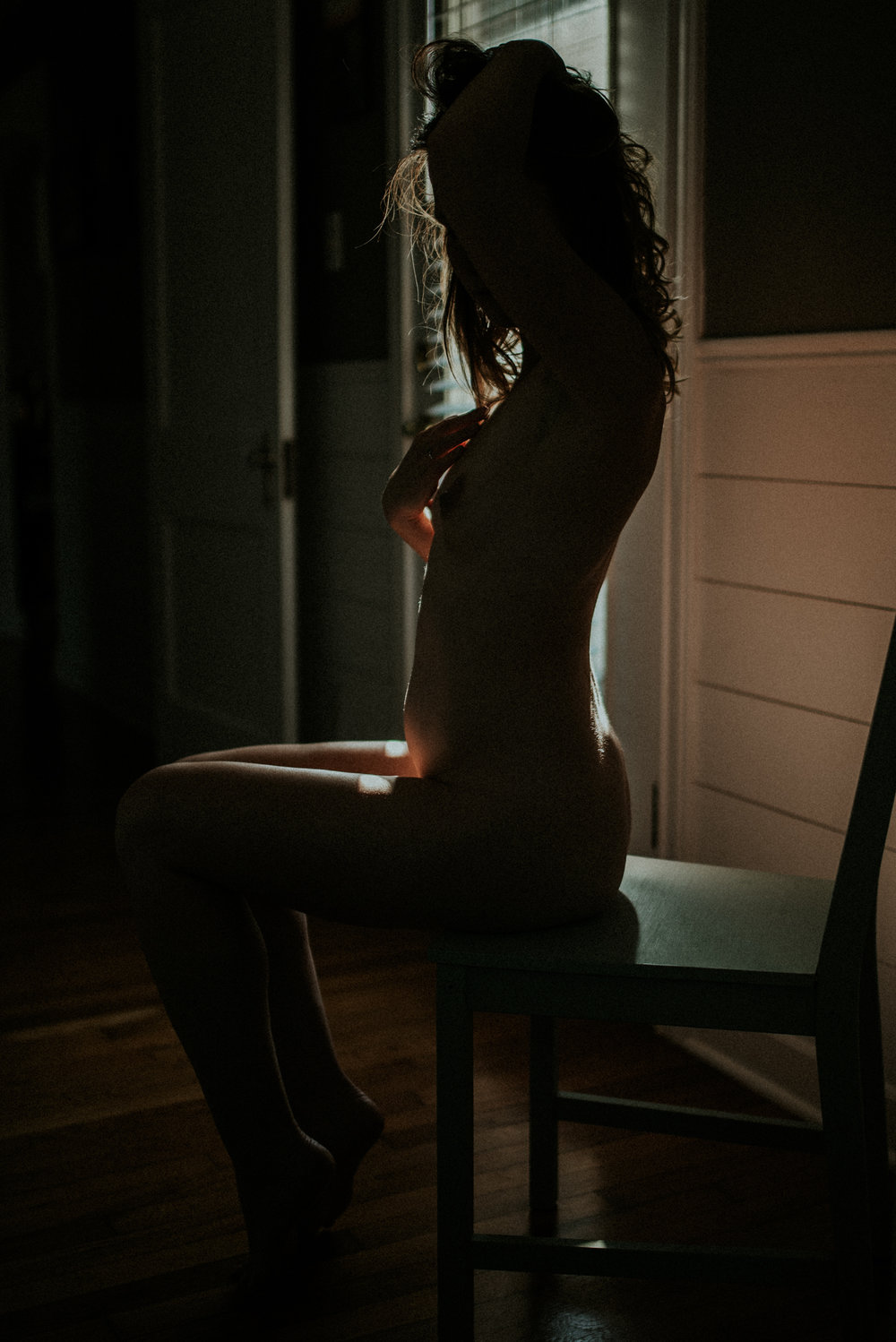 Babe sitting in shadows, Intimacy + Shadows Boudoir Session | Rooney June Productions