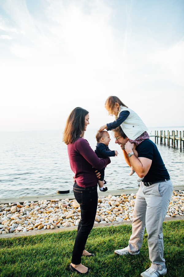 Family playing along waterfront, Family Lifestyle Session on the Bay | Tiffany Caldwell Photography