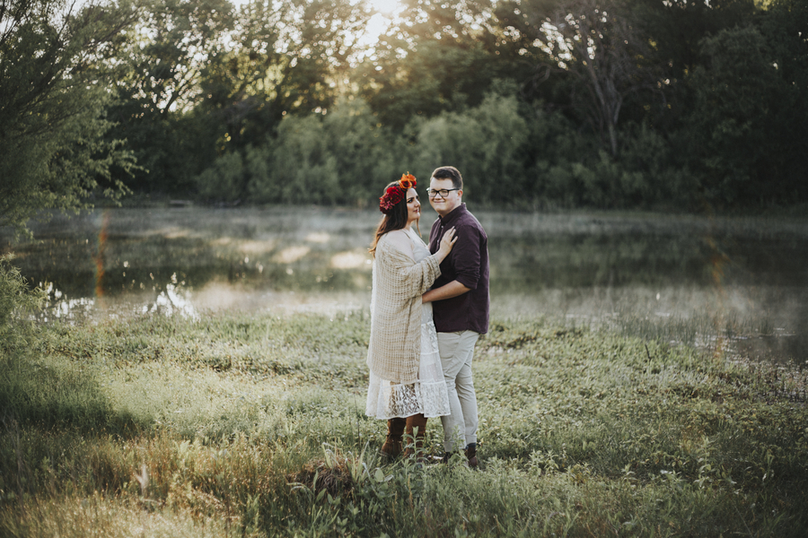 jones_Davis_VelvetSagePhotography_37burlesonengagementphotographer_low.jpg