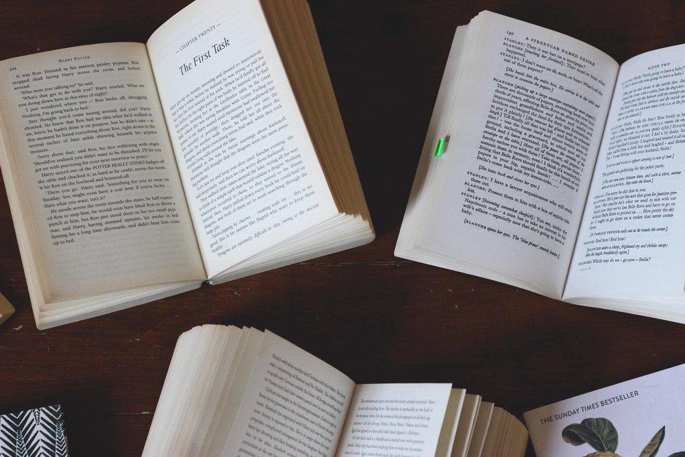 Books06.jpg