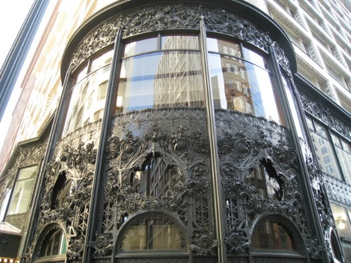Art Deco Detailing of corner entrance of the Sullivan Building.