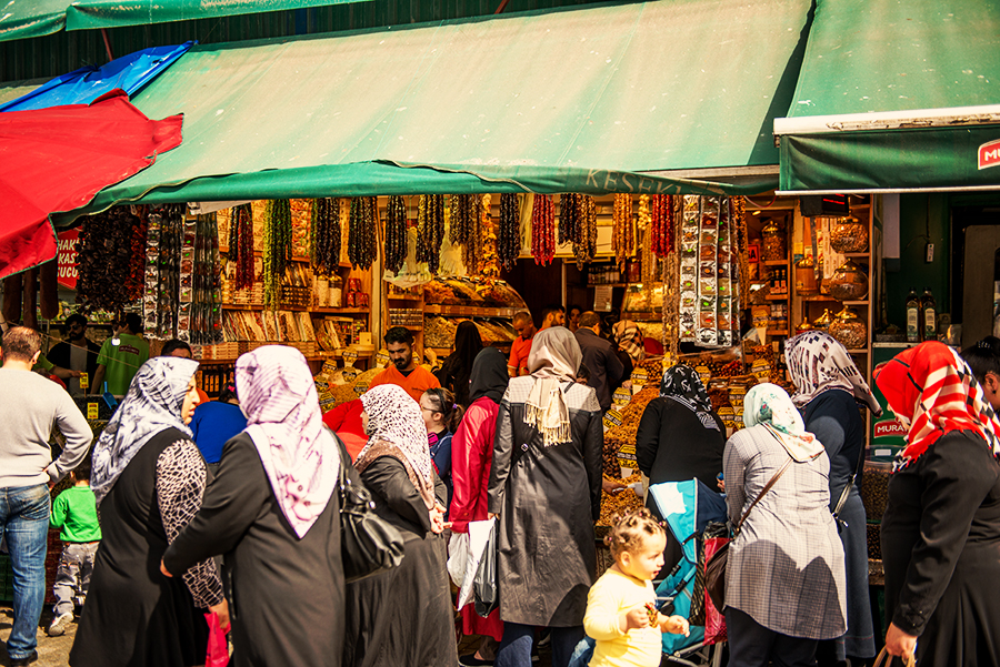 Turkish Women in Spice Bazar