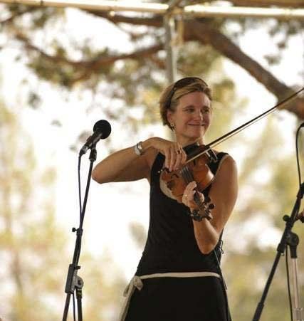 sc  fiddle b.jpg